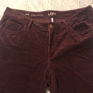 LOFT Curvy Skinny Plum Corduroy Pants